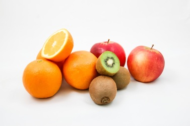 apples-kiwi-oranges-fruit-51335